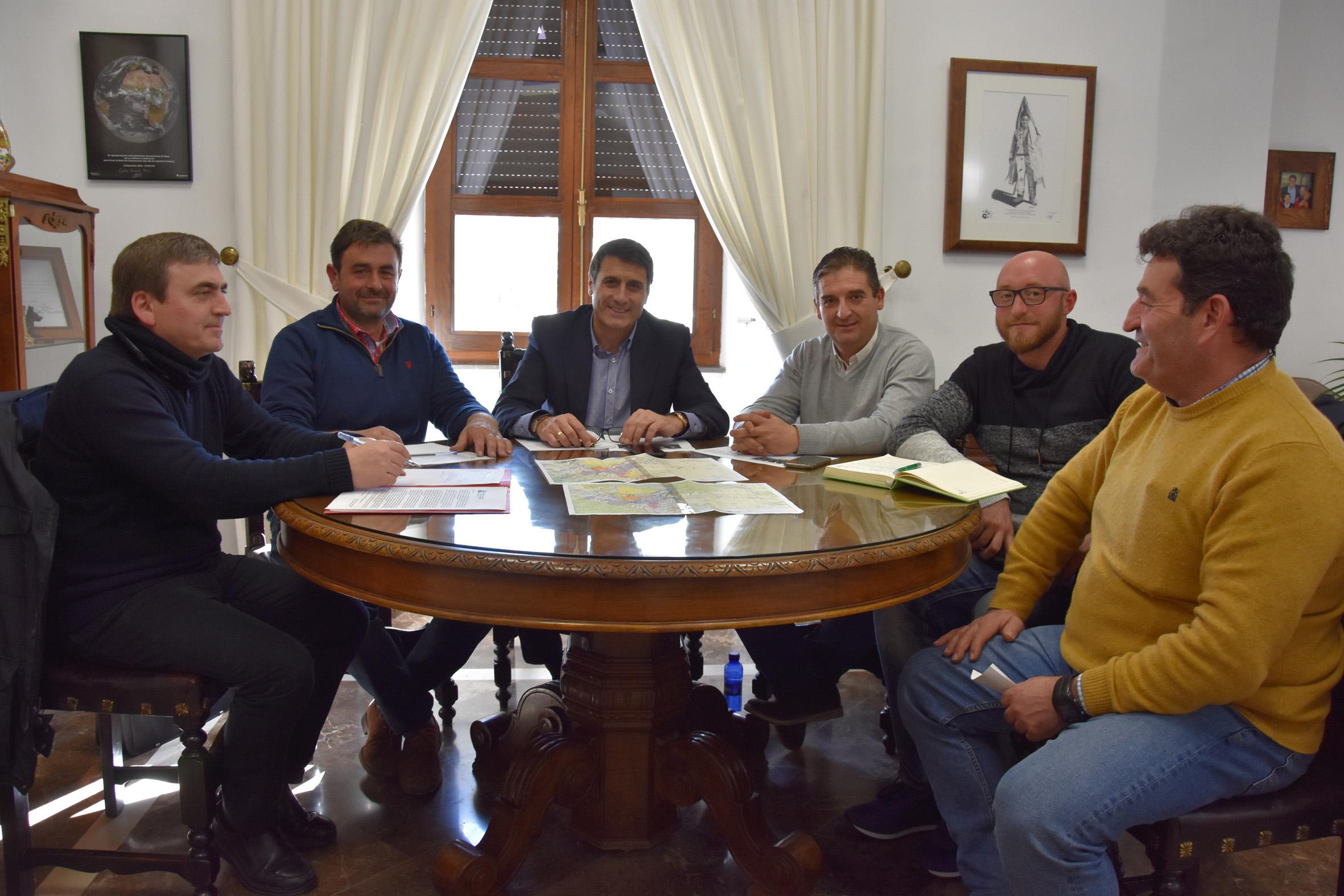 reunion 7fuentes alcalde2w