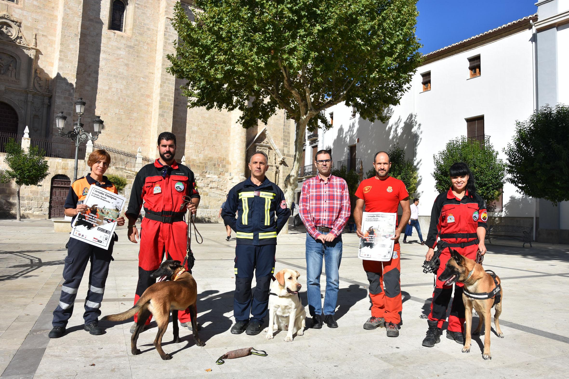 Presentación de las Jornadas busqueda personas perros