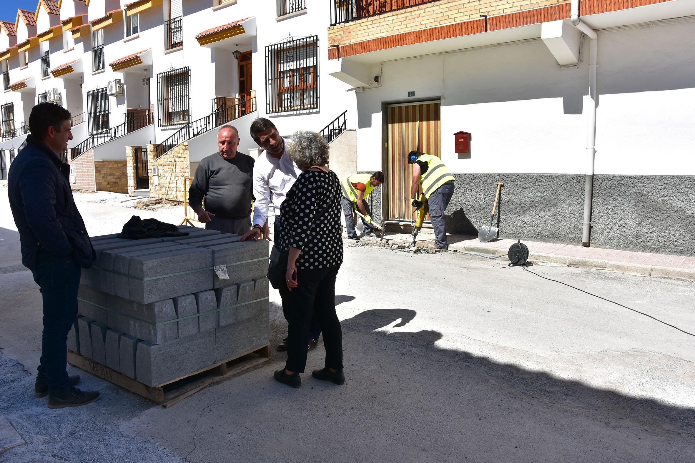Obras en calle Cazorla