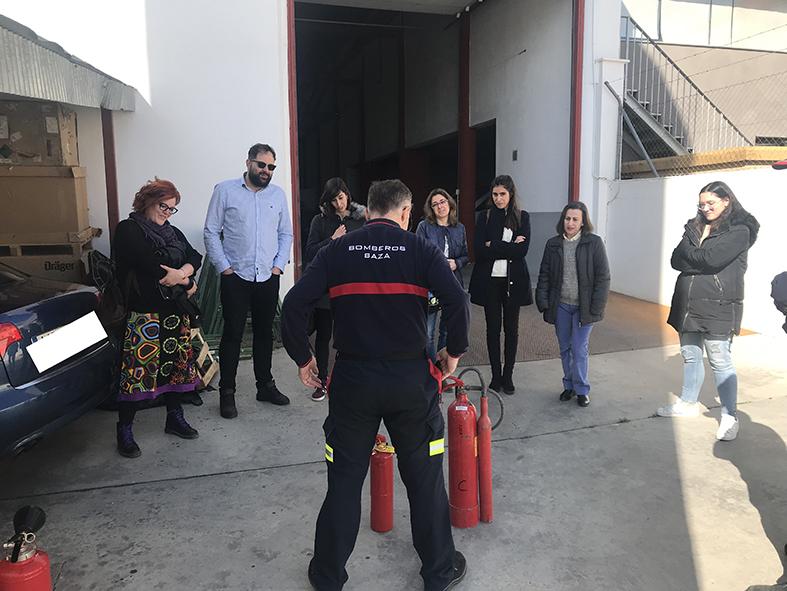 Formación en uso de extintores a docentes