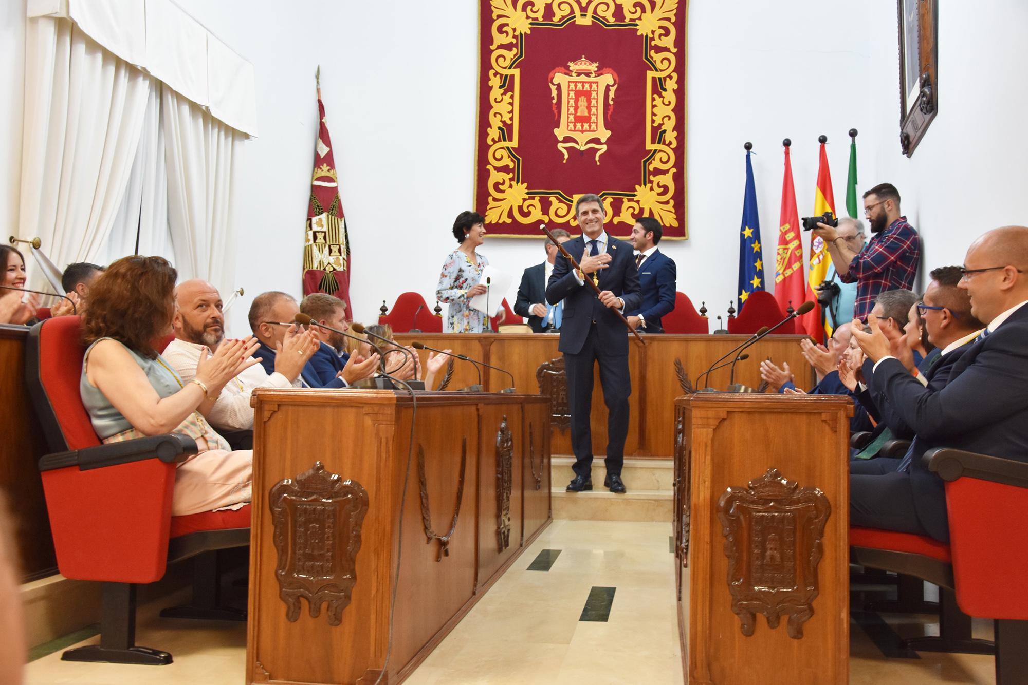 El alcalde, Pedro Fernández, en su cuarta investidura como regidor de Baza