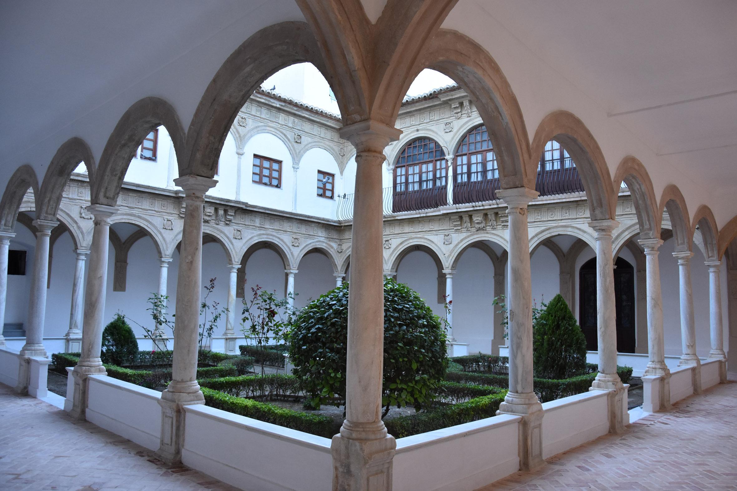 Interior del montasterio de Santo Domingo que es propiedad privada
