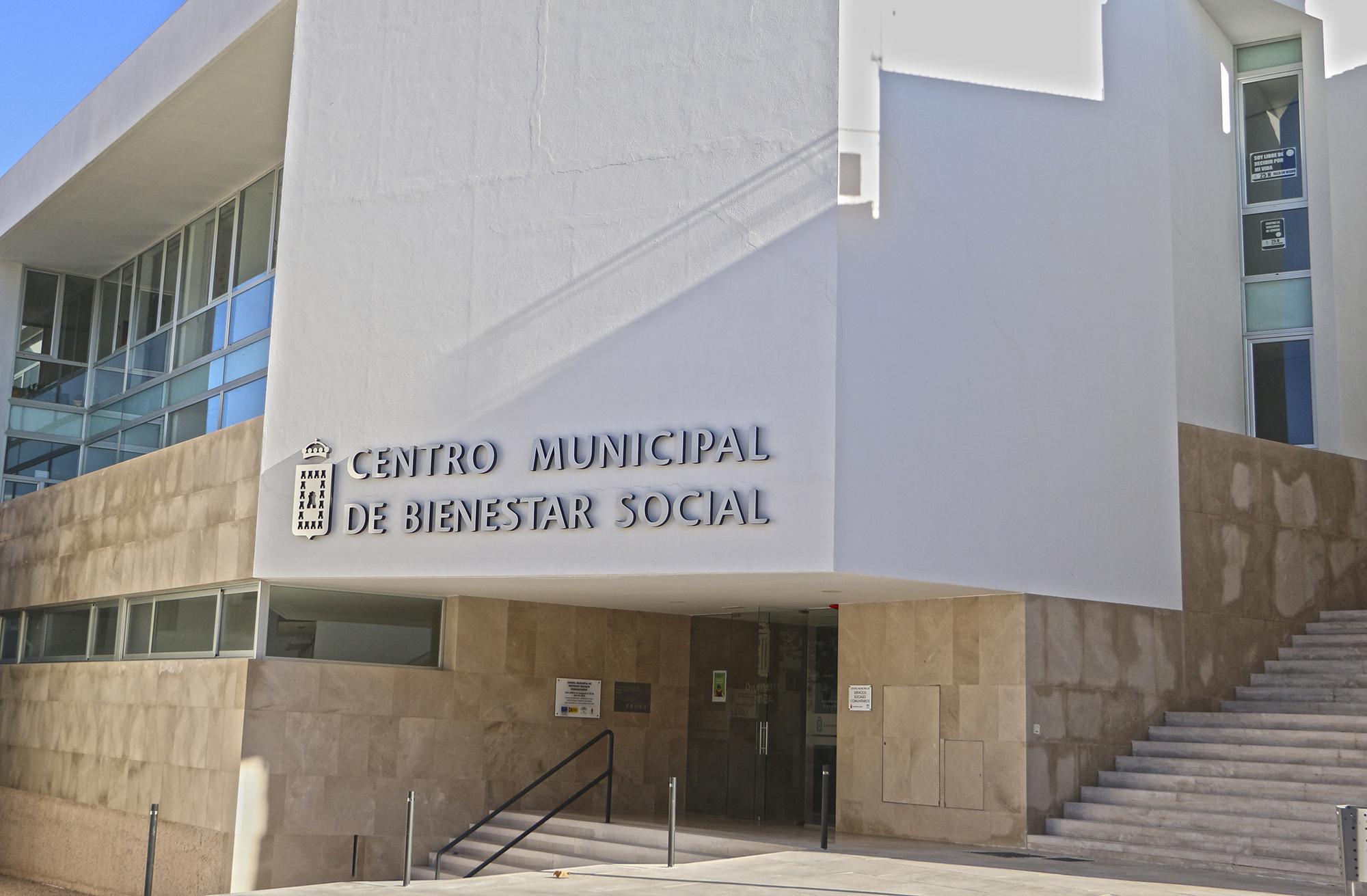 Edificio del área de Bienestar Social de Baza